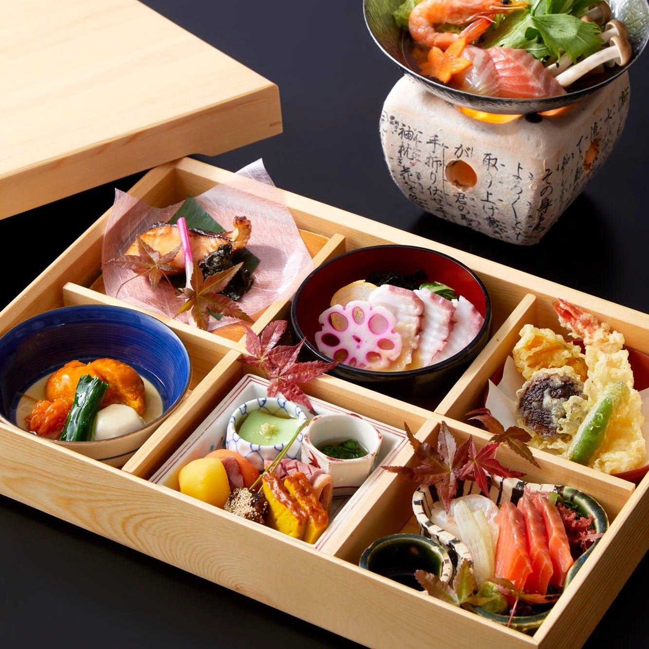 旬の食材をふんだんに使用した伝統的な日本料理の数々