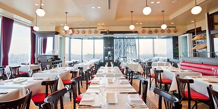 記念日におすすめのレストラン・ブラッスリーオザミ 東京スカイツリータウン・ソラマチ店/東京ソラマチ30Fの写真1