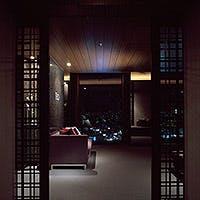地上90mの店内。どのお席からも大きな窓から東京の夜景が煌めきます。