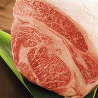 国内屈指の肉の名産地・宮崎産のA5ランクの宮崎牛を中心に上質な肉をご提供