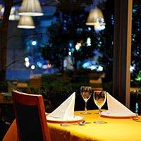 かしこまらず、ラフ過ぎず、気軽に楽しめるレストラン