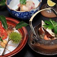 京都の水にこだわった料理の数々は、すべてが手作りの味でございます