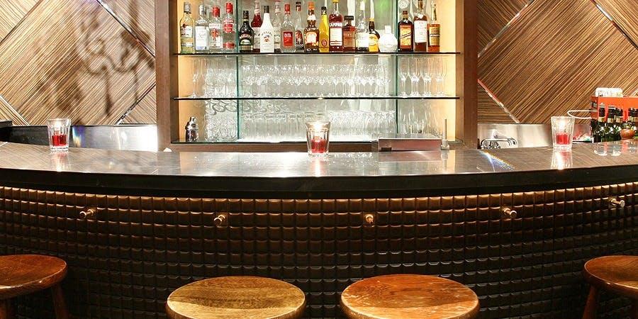 記念日におすすめのレストラン・LOBOS 銀座の写真1
