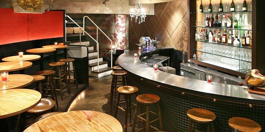 記念日におすすめのレストラン・LOBOS 銀座の写真2