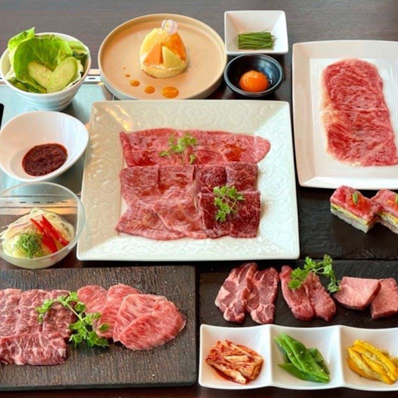 【秋の黒毛和牛コース】和牛サーロイン肉刺し・タレ肉・塩肉・焼きすき・デザートなど