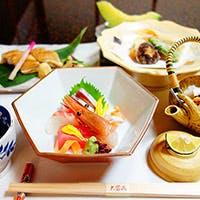 旬のうま味を吟味して工夫を凝らしてお届けする京料理