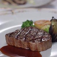 贅沢な食材を使ったシェフ自慢の料理と心奪われる眺望との出会いを