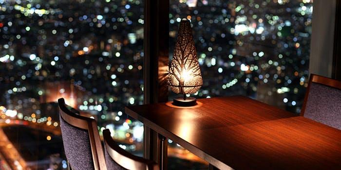 記念日におすすめのレストラン・星空の中への写真1
