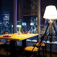 渋谷駅を見下ろす開放的な空間