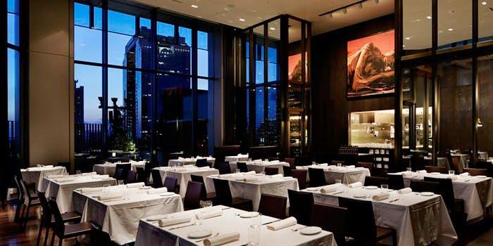 記念日におすすめのレストラン・ザ・コスモポリタンの写真1