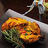 カレーからカバブなどのタンドール料理まで、本場のインド料理をお楽しみいただけます