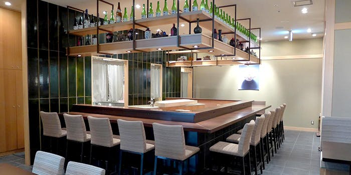 記念日におすすめのレストラン・日本料理 大坂ばさらの写真1