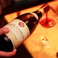 熟練シェフの織りなす伝統的フランス料理と地下蔵熟成ワイン