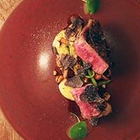 フランス料理をベースに様々なお料理にトリュフを使用したトリュフ料理専門レストラン