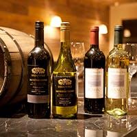 ワインの種類は約80~100種を取り揃え