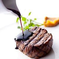 オーストラリア人シェフが手がける、食材の美味しさを最大限に引き出したグリル料理