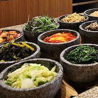 韓国惣菜と焼肉 トラジ