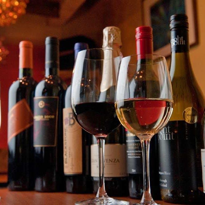 40種類以上のソムリエ厳選ワイン