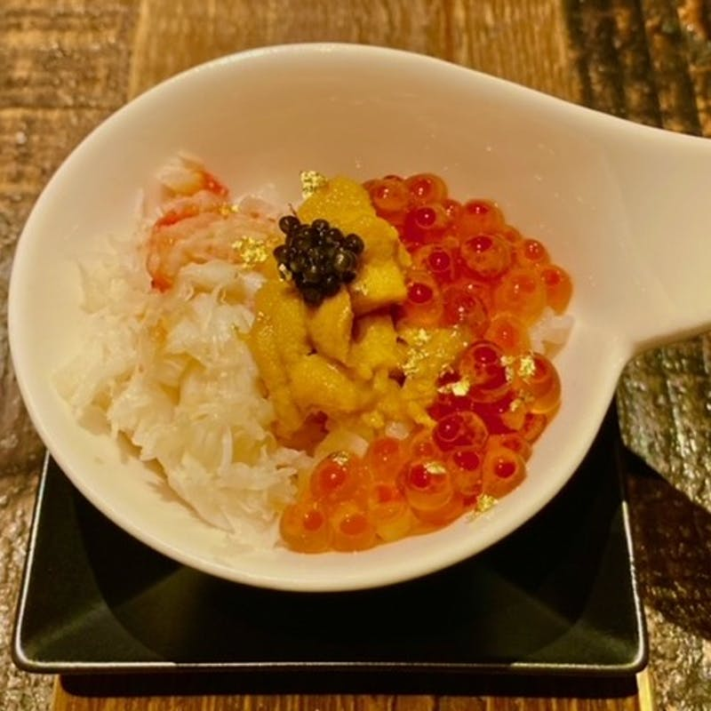 【豪華グルメディナー】雲丹.イクラ.ずわい蟹の海宝丼!トリュフの茶碗蒸し全9品+選べる1ドリ+コーヒー