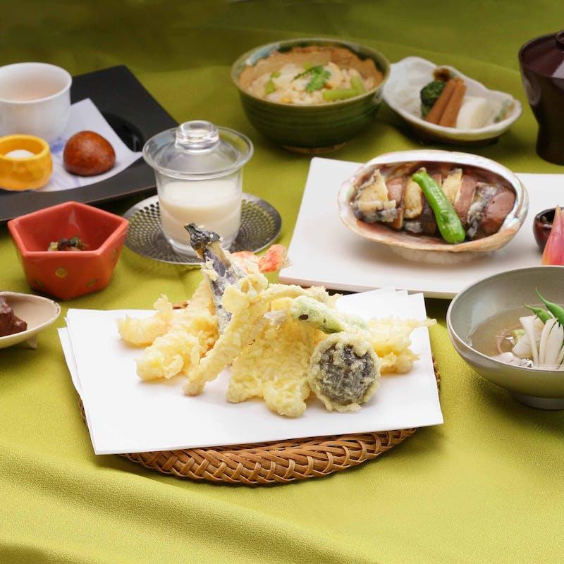 【創会席】前菜・主菜・食事はお好きなものからチョイス等全6品+乾杯ロゼスパークリングとアレンジ花