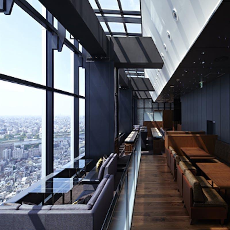 【TOP LUNCH】アミューズタワーとお好みのメイン一皿+1ドリンク・デザートとカフェ付(窓際席確約)