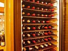 「和食とワイン」フランス産ワインを中心に130種類以上を常備