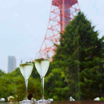 【平日限定!乾杯スパークリングワイン付!】ローストビーフや蟹も楽しめる人気の和洋中ブッフェ!
