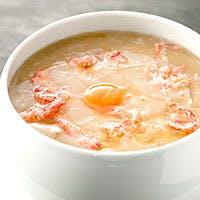 フカヒレと鶏白湯スープをベースにした、こだわり料理