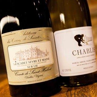 ワインは主にフランス各地とカリフォルニアが中心