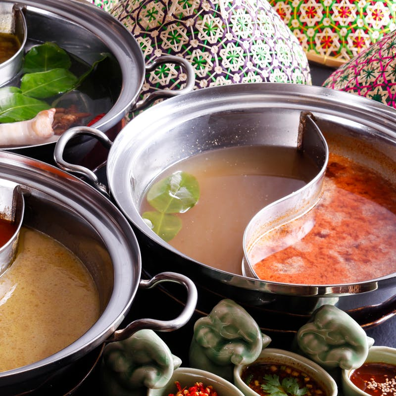 【タイスキ鍋コース】生春巻、トムヤムスープの米麺など全4品