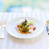 貴族の館で賞味する季節感あふれるフランス料理