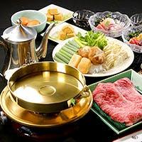 美しい18金の鍋で仕上げる、贅を極めた至福の旨み