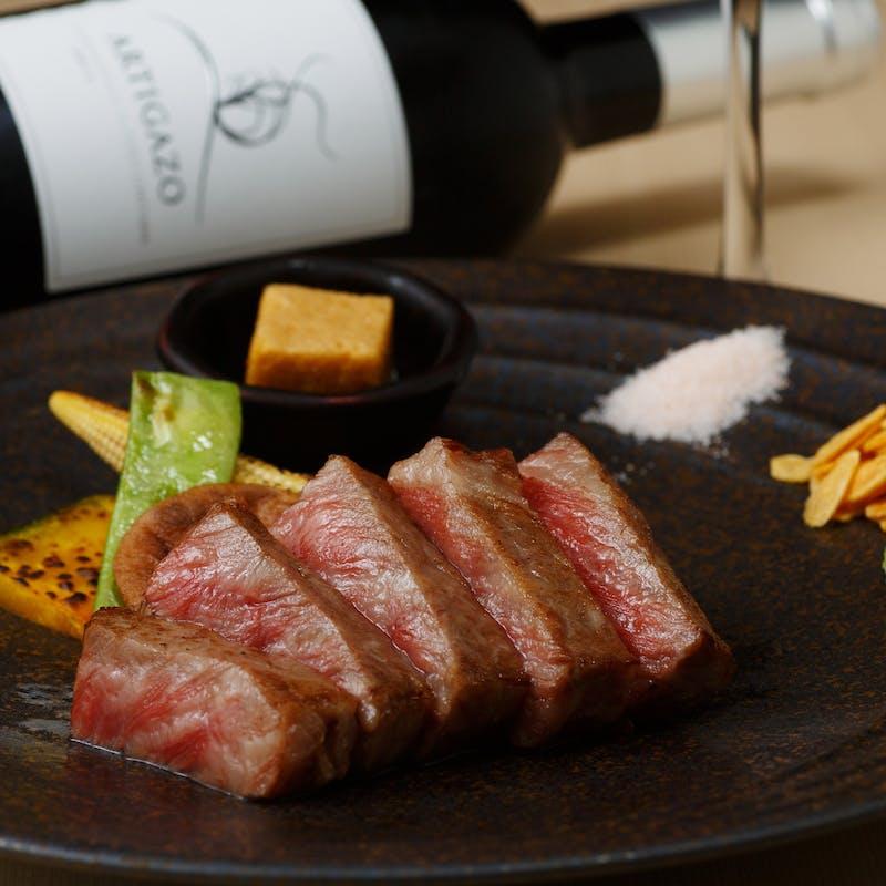 【極みコース】フォアグラ、鮑、イセエビの鉄板焼き・最高級A5ランク熟成黒毛和牛ステーキなど全10品