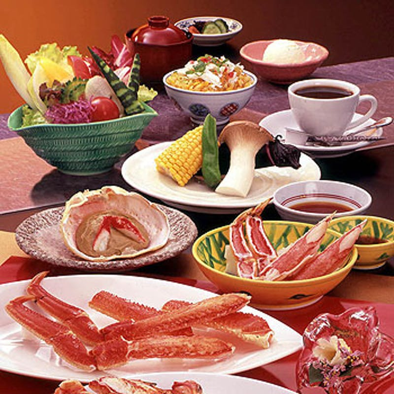【若狭】ズワイかにステーキや旬の魚介焼きなど全8品+ソフトドリンク