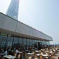 東京ソラマチ(R)内最大級規模を誇る広い店内にはテラス席も完備