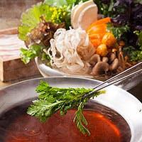 新鮮野菜が自慢の名物「野菜しゃぶしゃぶ」