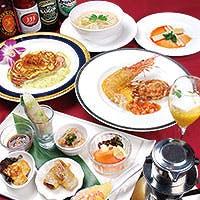 シェフ自慢の フレンチ・ベトナム料理の数々