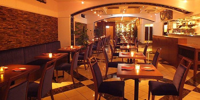 記念日におすすめのレストラン・イタリアンバル アクア 上野公園前店の写真1