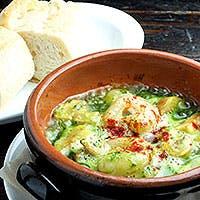 シェフ自慢のパエリアから、お手軽タパスまで・・情熱的なスペイン料理を