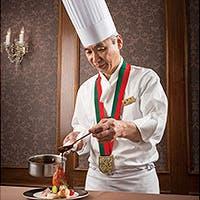 コマンドゥール・シェフ 塚本が手掛ける食べ放題の概念を覆すひと皿も