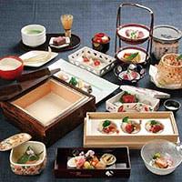 趣向を凝らした四季折々の新感覚京料理