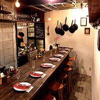 洒落た空間の隠れ家的イタリアン&ワインバーでカジュアルに楽しむ大人のひととき