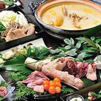 水源亭の名物料理 軍鶏のすき焼き・水炊きを是非ご賞味ください