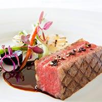 フランス料理を愛するシェフが心をこめて作る料理。料理に哲学を持って作りだす一皿