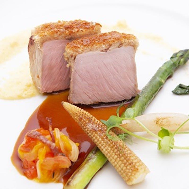 【Diner B】魚料理、選べるお肉料理、デザートなど全7品+乾杯ドリンク(9/30まで)