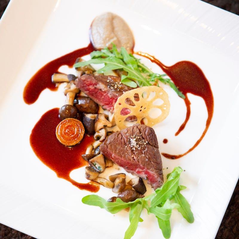 【Menu Specialite】魚料理、特選黒毛和牛フィレ肉など全7品+乾杯シャンパン