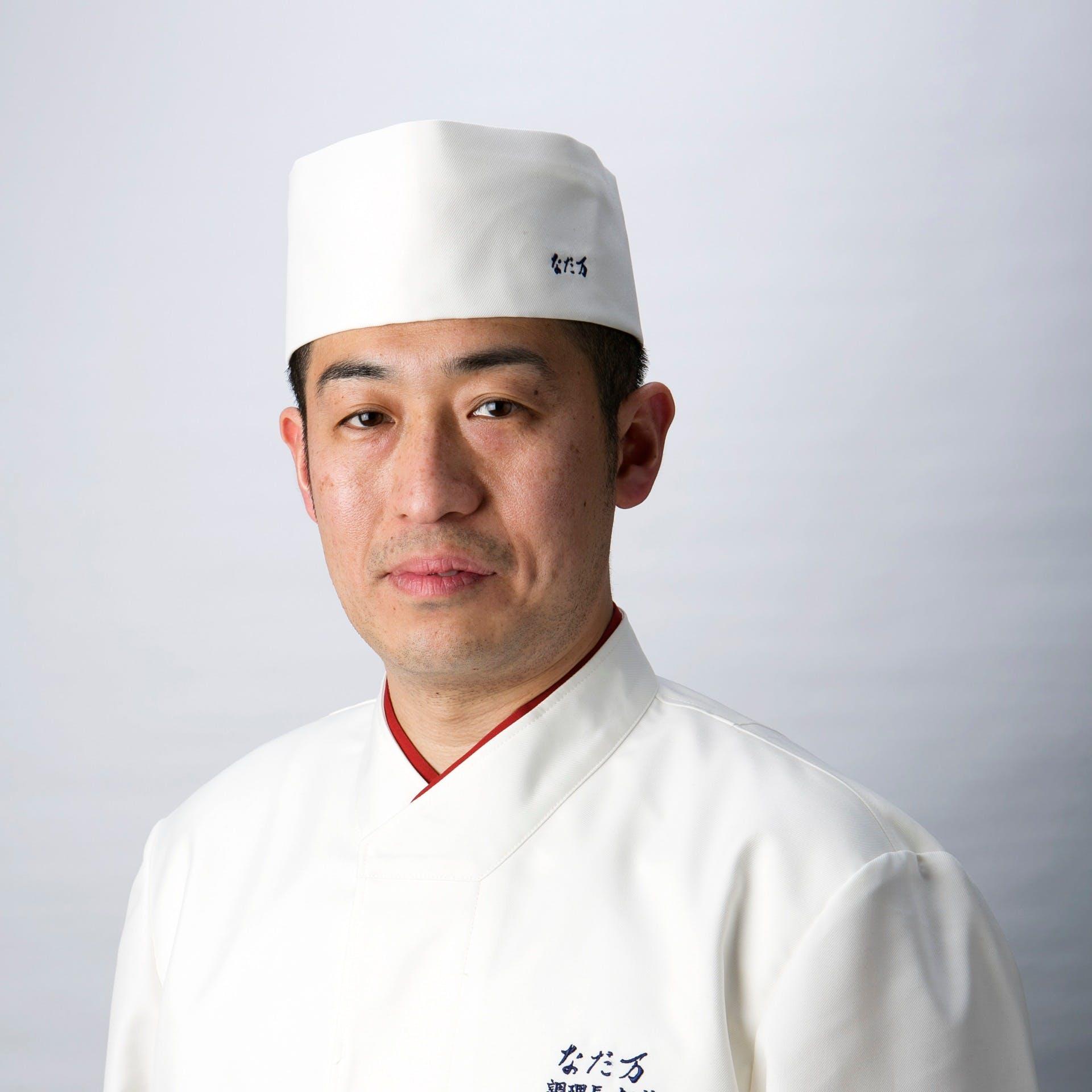 料理長 剱持 慎(Makoto Kenmochi)