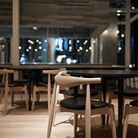 ビストロ・カフェ・エピスリーをひとつにまとめた、新スタイルの食の複合空間