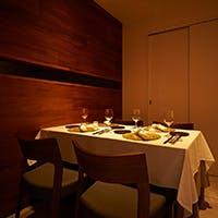 ご接待やご会食、記念日に。豊かな時間を至福の料理とサービスで