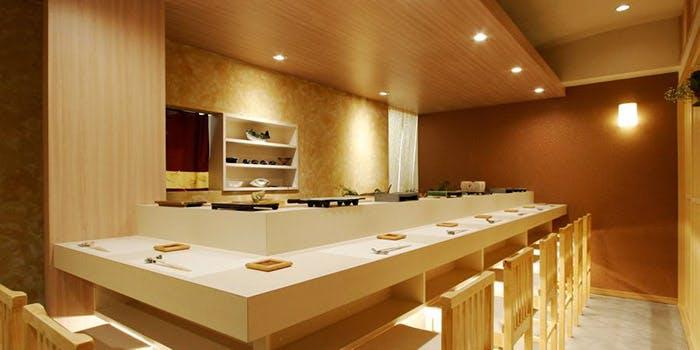 記念日におすすめのレストラン・室町 三谷屋の写真2